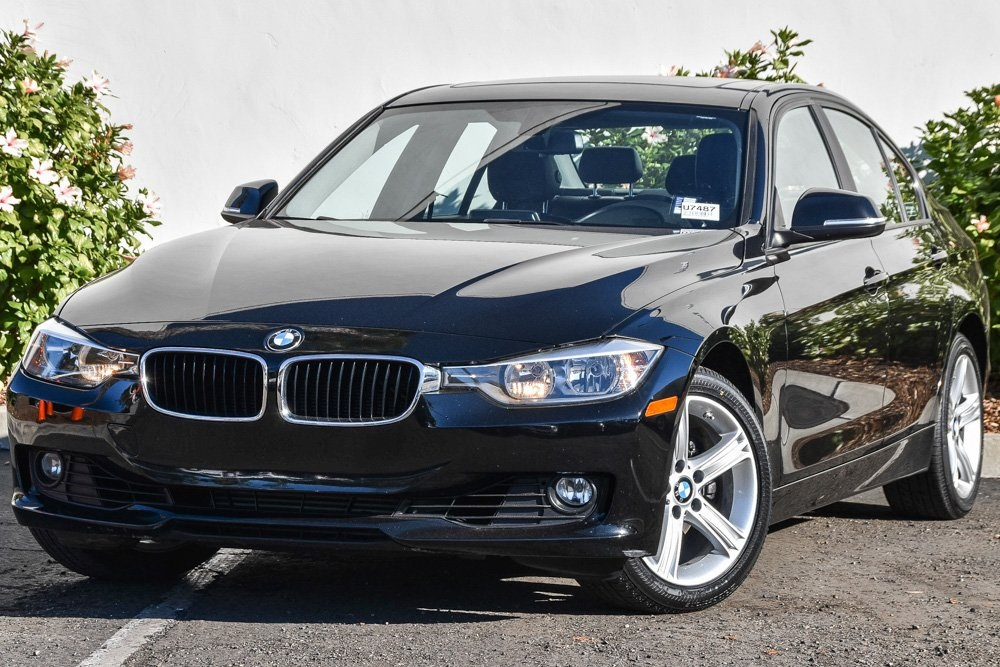Pre-Owned 2015 BMW 3 Series 328i
