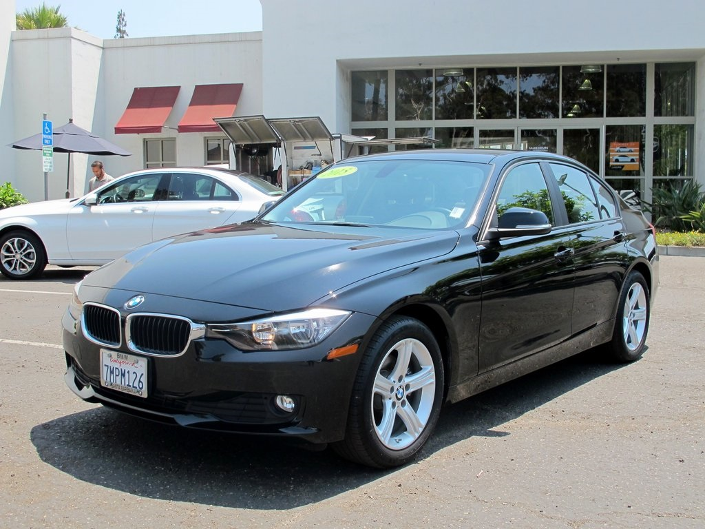 Pre Owned 2015 BMW 3 Series 320i
